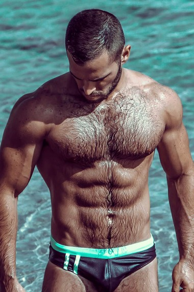 Your Hunk of the Day: Almog Gabay
