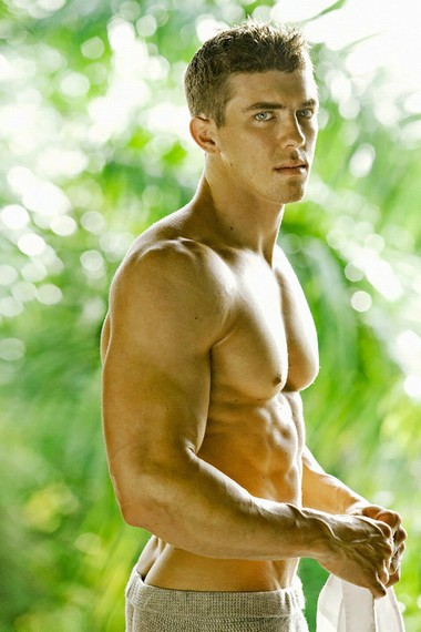 Your Hunk of the Day: Chase Isaacs