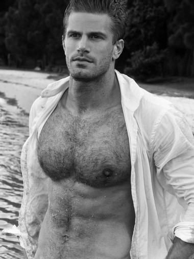 Your Hunk of the Day: Chris Bailey