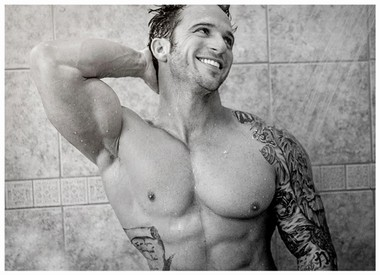Your Hunk of the Day: Gary Taylor
