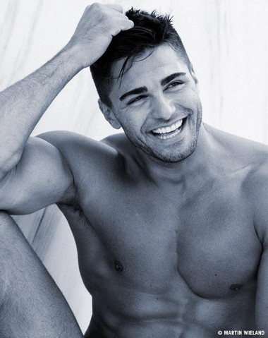 Your Hunk of the Day: Kenan Engerini
