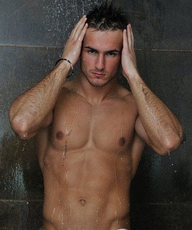 Your Hunk of the Day: Tarik Kaljanac