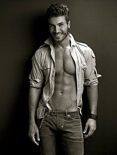 Your Hunk of the Day: Valerio Pino